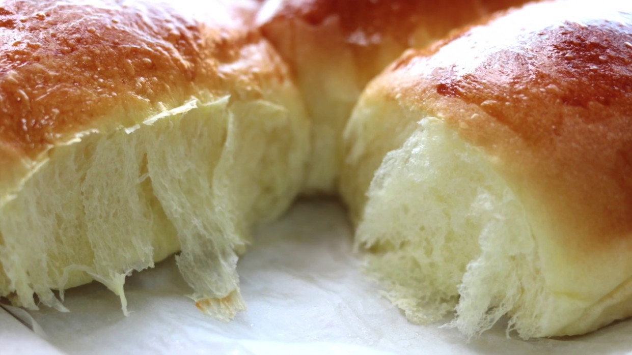 dinner rolls/milk bread recipe/bun/soft &chewy -- Cooking A Dream - recipes for dinner rolls