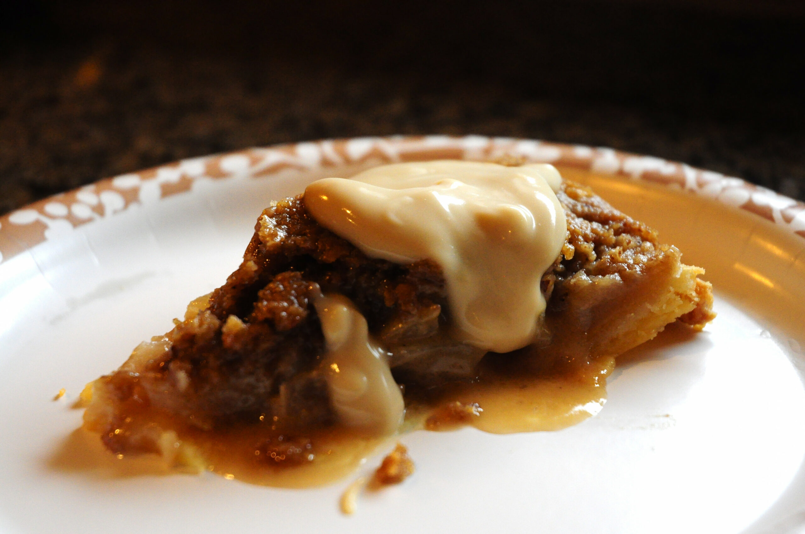 Dreamy Apple Pie with Kahlua Sauce | Easily Gluten Free - food recipes using kahlua
