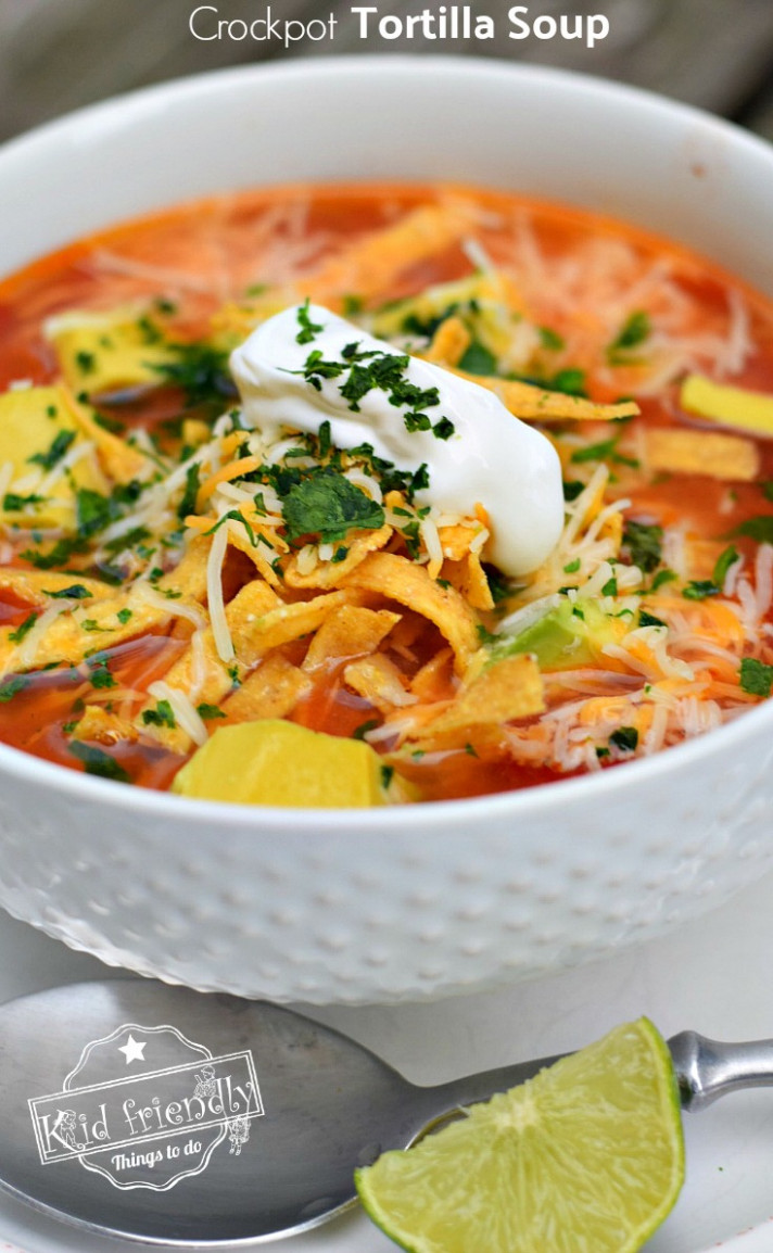 Easy and Healthy Slow Cooker Chicken Tortilla Soup Recipe - easy slow cooker recipes chicken