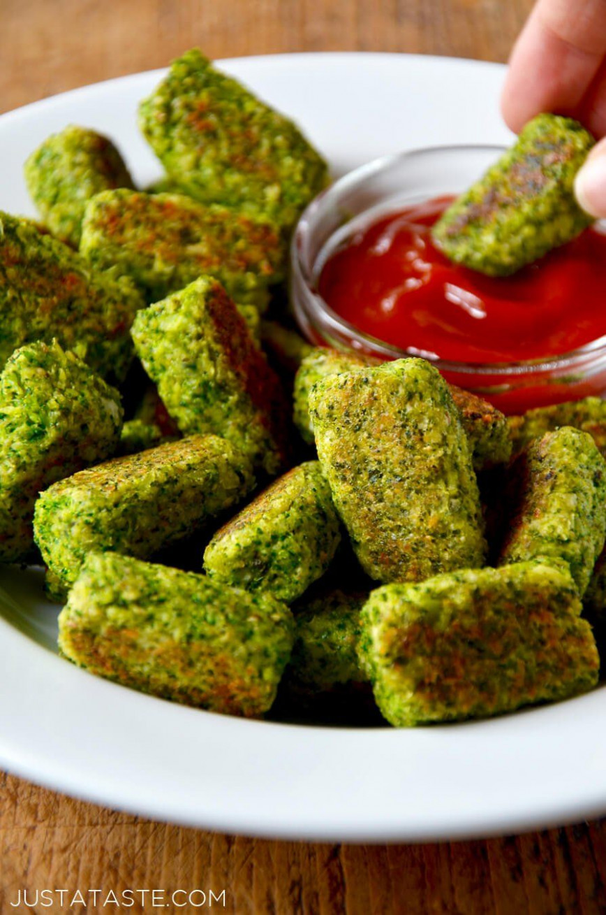 Easy Baked Broccoli Tots Recipe Justataste.com #healthy # ..