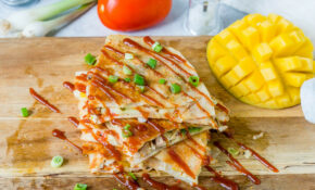 Easy Cheesy Chicken Quesadilla Recipe