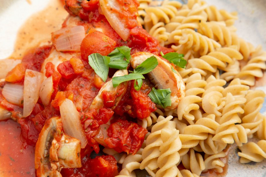 Easy Italian chicken - NHS - healthy recipes nhs