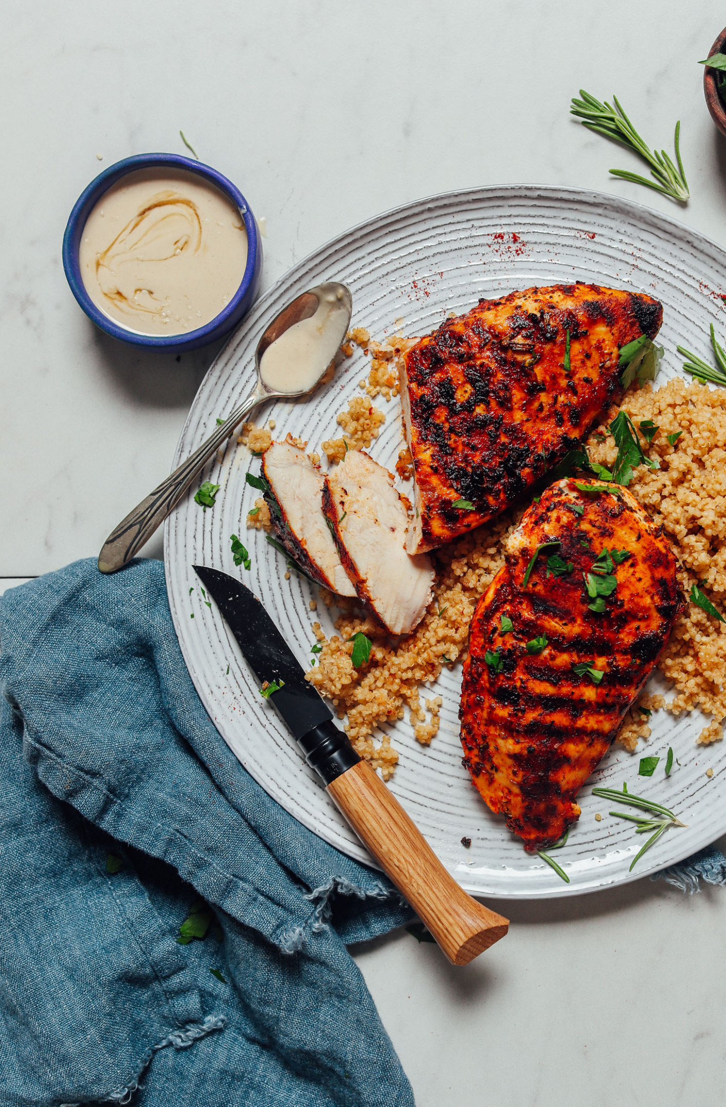 Easy Marinated Grilled Chicken (10 Minutes!) - Recipes Grilled Chicken