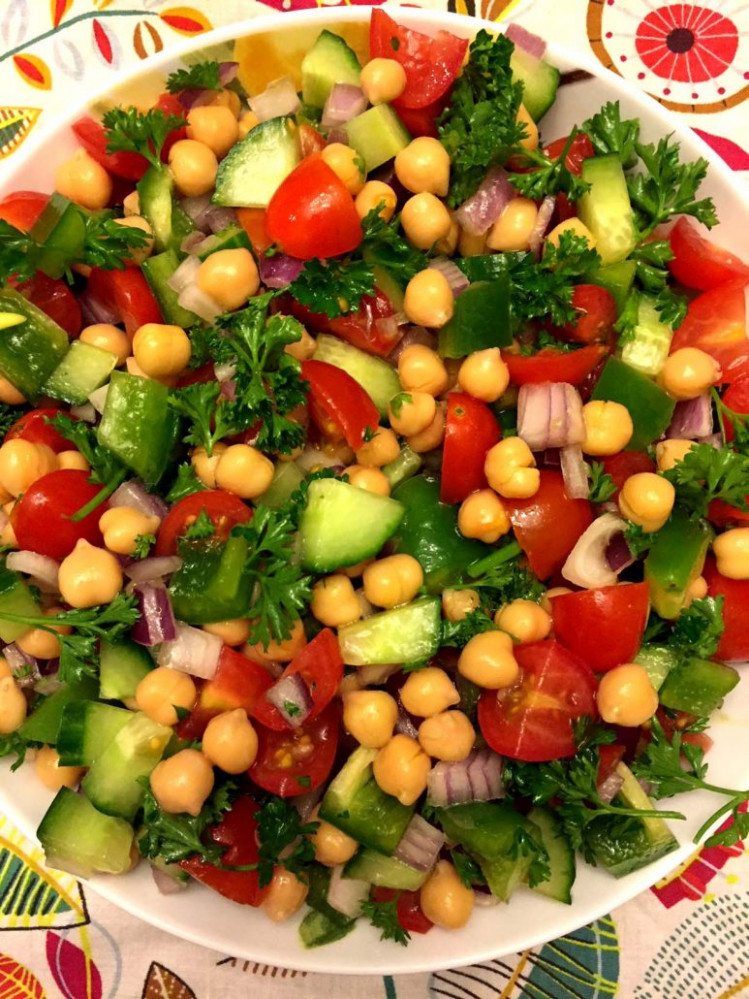 Easy Mediterranean Chickpea Salad - healthy recipes simple