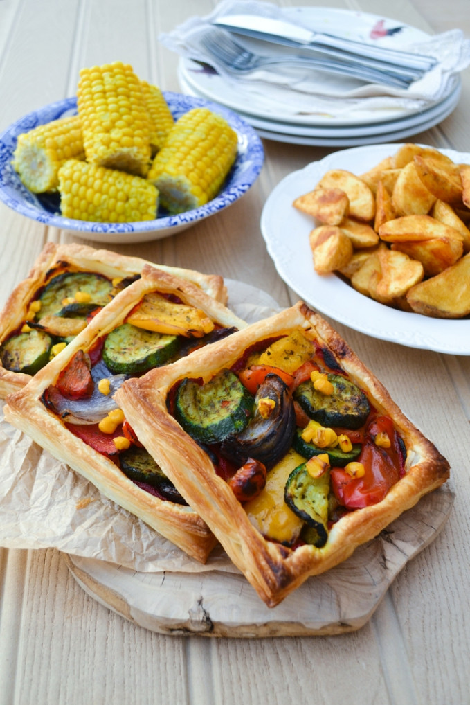 Easy Mediterranean Tart Recipe - Tinned Tomatoes - recipes vegetarian tarts