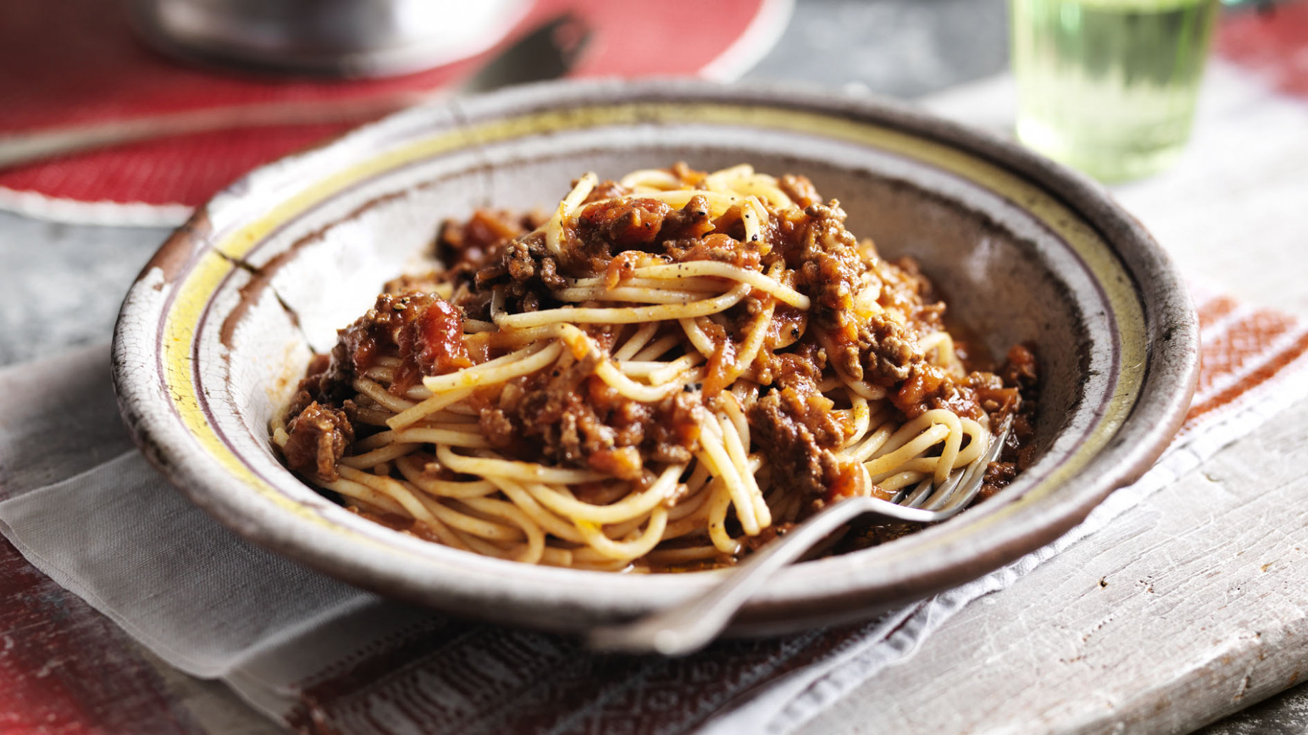 Easy spaghetti Bolognese - bbc food recipes