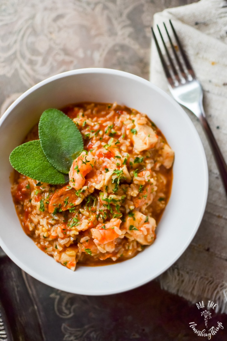 Easy & Spicy Instant Pot Jambalaya (gluten-free, dairy-free, real food) - healthy recipes jambalaya