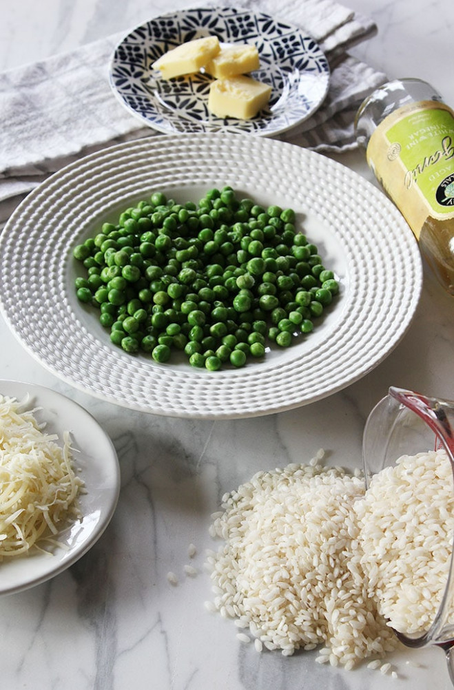 Easy Vegetarian Risotto Recipe with Parmesan and Peas ..