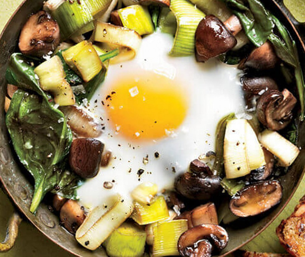 Eggs Baked Over Sautéed Mushrooms and Spinach - recipes dinner pinterest