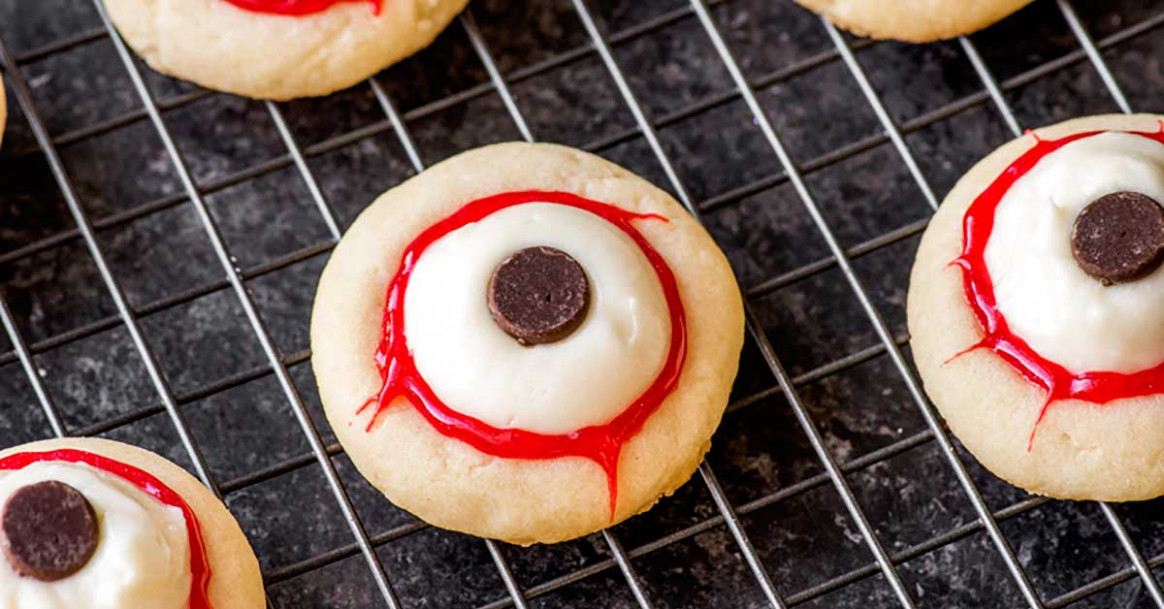 Eyeball Cookies - Homemade Hooplah - chicken recipes for crock pot