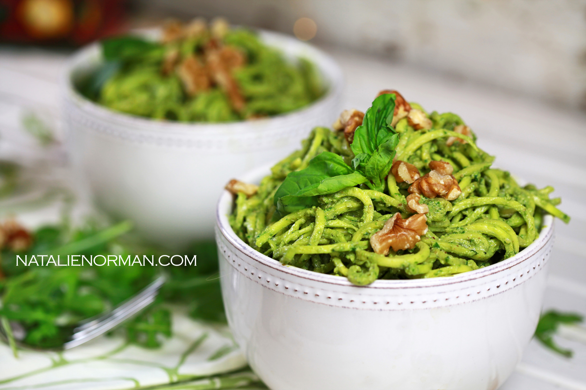 Fast and Easy Raw Vegan Meals: Walnut, Arugula and Basil Pesto - raw food recipes