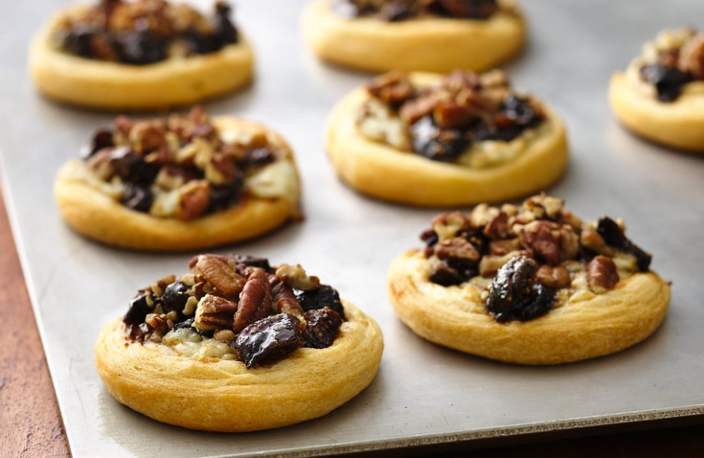 Fig and Blue Cheese Appetizer Tarts Recipe - low fat recipes dinner
