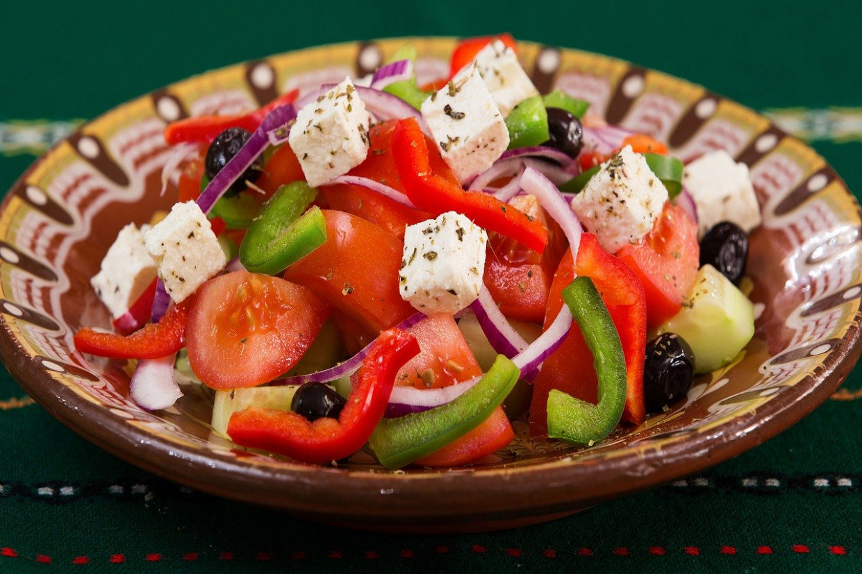 Food, Plate, Greek Salad, Caprese, Meal - diet food recipes