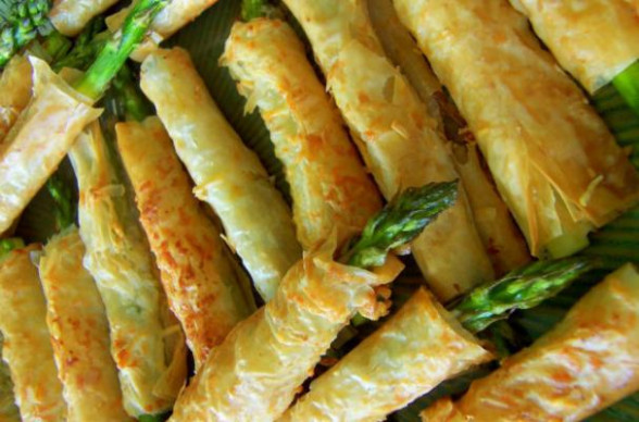 Foodista | Asparagus-Filled Phyllo Pastries Make a Perfect ..