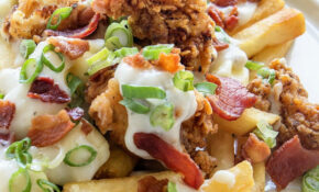 Fried Chicken And Gravy Poutine – Real Food Recipes