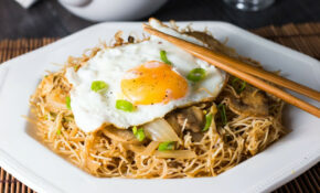 Fried Eggs With Chinese Noodles – Erren's Kitchen – Egg Noodle Recipes Vegetarian