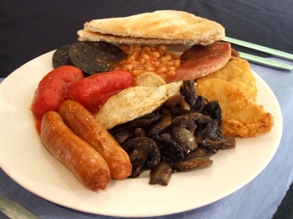 Full English Breakfast Recipe - Food Republic