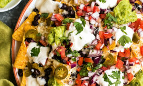 Fully Loaded Nachos With Black Beans, Guacamole And Fresh ..