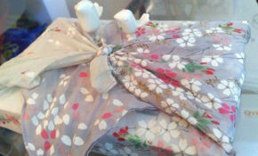 Furoshiki: DIY Fabric Gift Wrap - Organic Authority