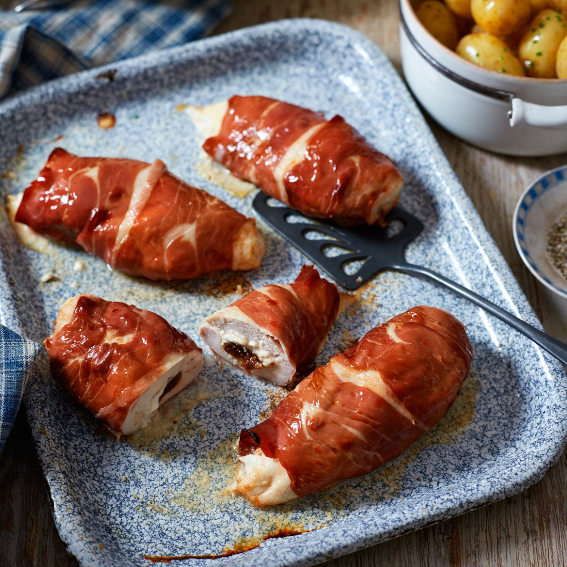 Goat's Cheese And Chutney Stuffed Chicken Breasts - Uk Recipes Chicken Breasts