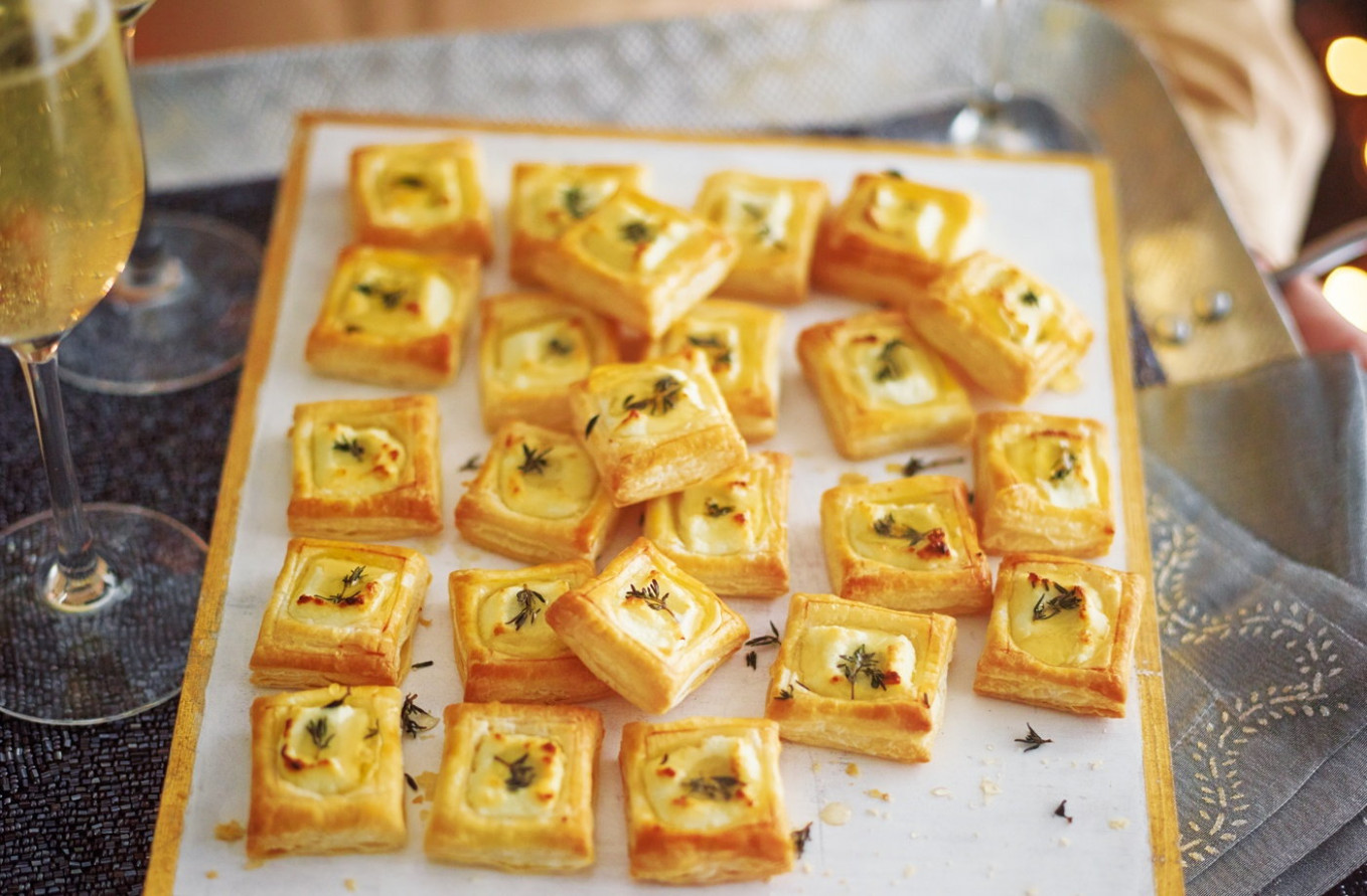Goat's Cheese, Honey And Thyme Bites - Recipes Party Food