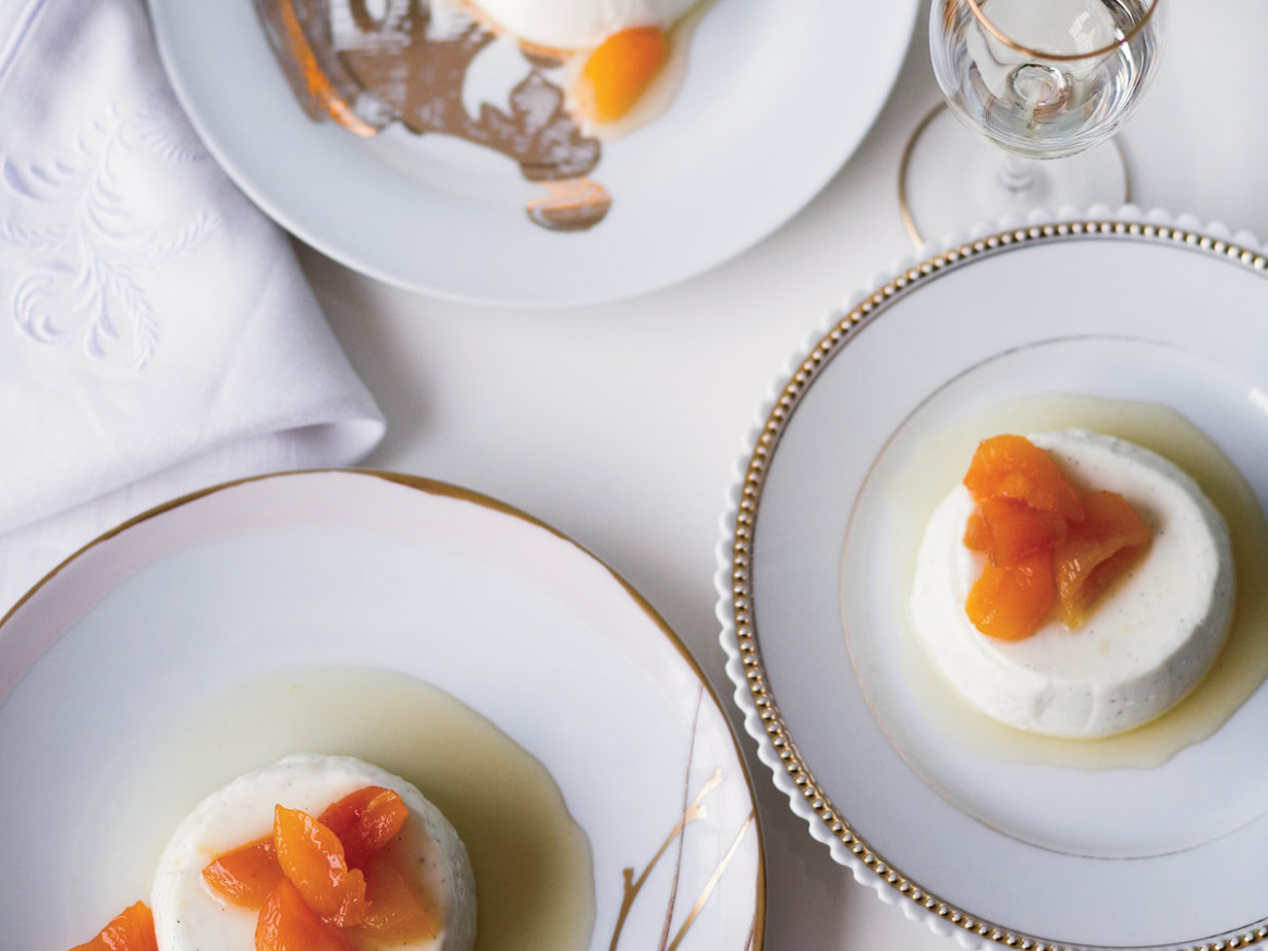 Greek Yogurt Panna Cotta with Honey-Glazed Apricots - greek yogurt recipes dinner