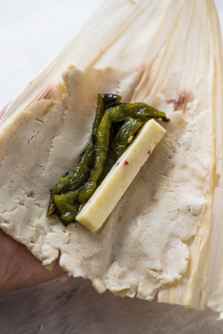 Green Chile and Cheese Vegetarian Tamales - recipe vegetarian tamales