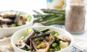 Grilled Asparagus With Cream Sauce Over Ribbons – Healthy Zucchini Dinner Recipes