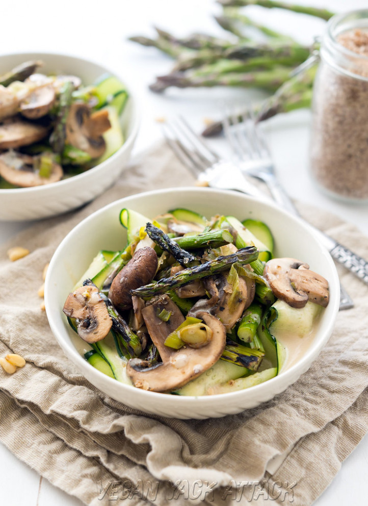 Grilled Asparagus with Cream Sauce over Ribbons - vegan recipes dinner easy