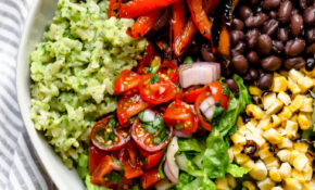 Grilled Veggie Burrito Bowls With Green Rice – Plays Well ..