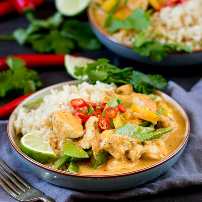 Healthier Red Thai Chicken Curry - without the shop-bought ..