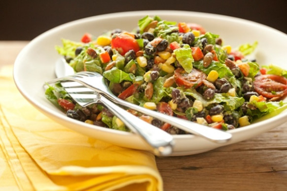 Healthy Black Bean Salad with Creamy Avocado Dressing - Go ..