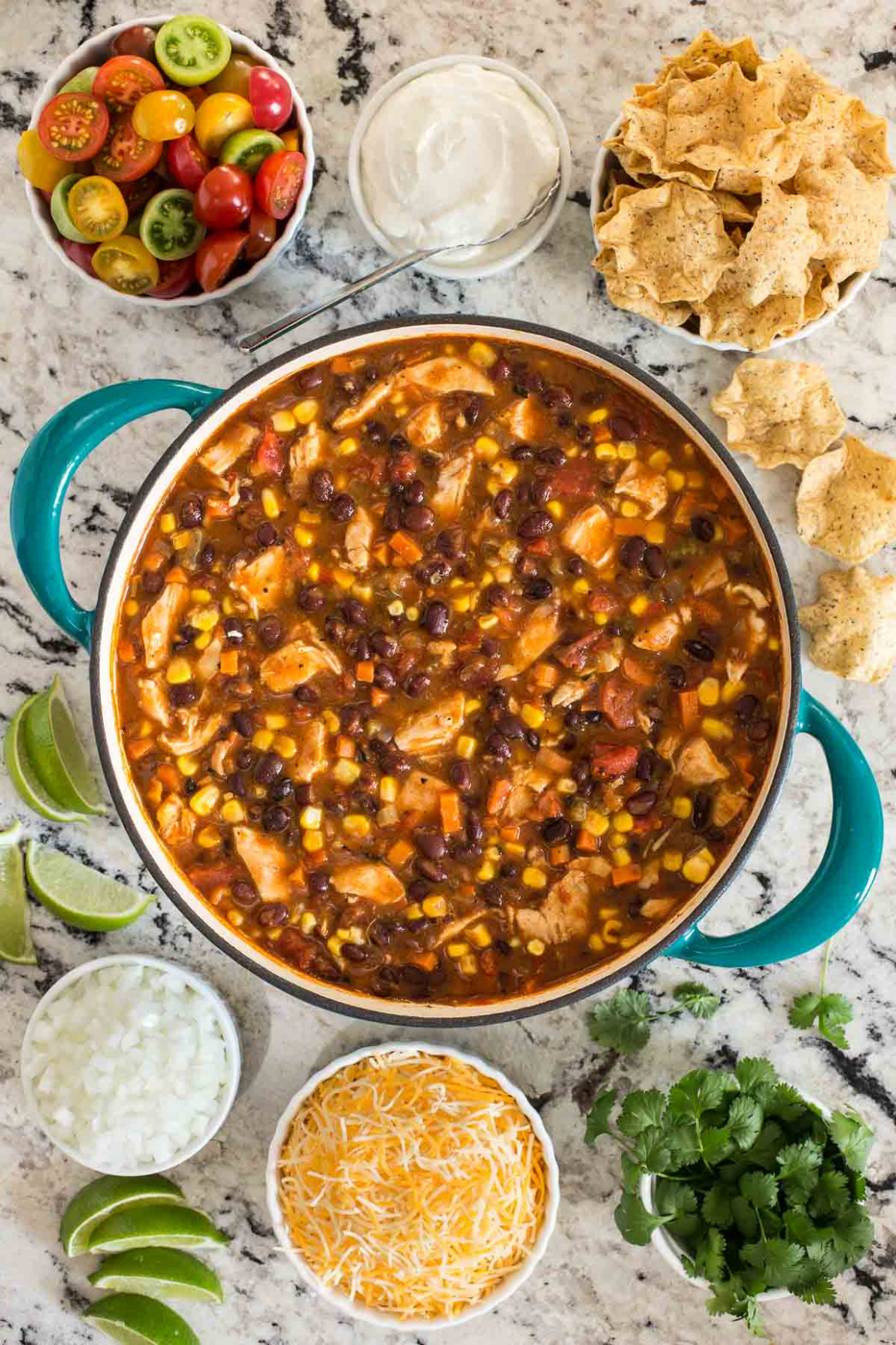 Healthy Chicken Black Bean Chili | The Café Sucre Farine - Healthy Recipes Rotisserie Chicken