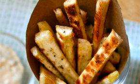 Healthy Hacks: Baked Yuca Fries with Roasted Jalapeño Aioli