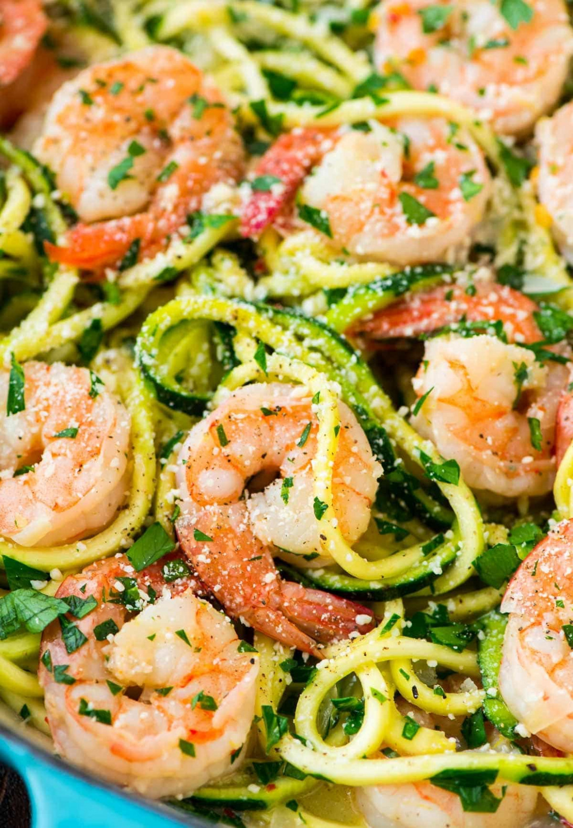 Healthy Shrimp Scampi with Zucchini Noodles - healthy zucchini recipes for dinner