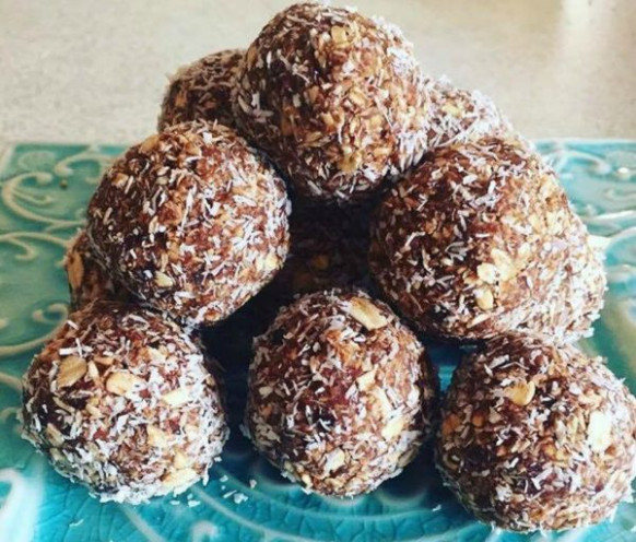 Healthy Snack Recipe For Date And Oat Bliss Balls - recipes using dates healthy