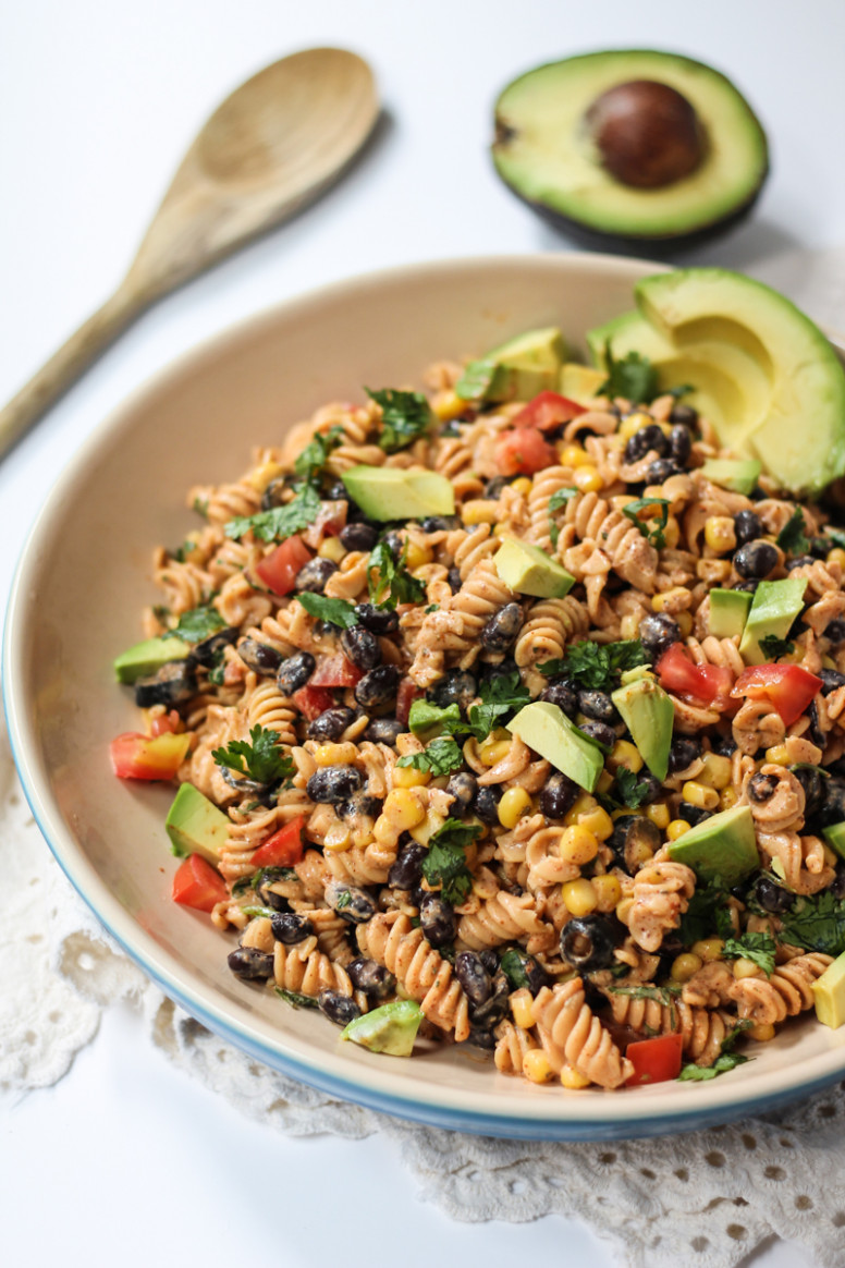 Healthy Southwest Pasta Salad With Chipotle Lime Greek ..