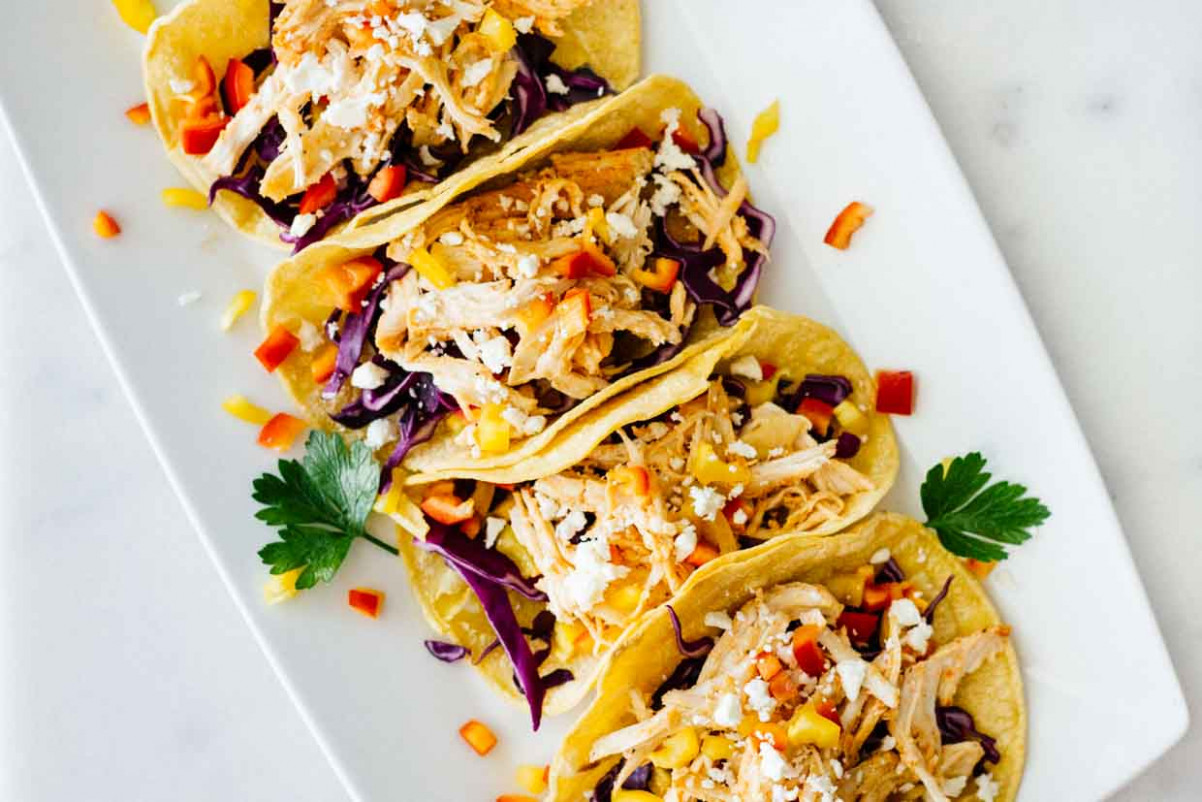 Healthy Sriracha Shredded Chicken Tacos - recipes for dinner healthy