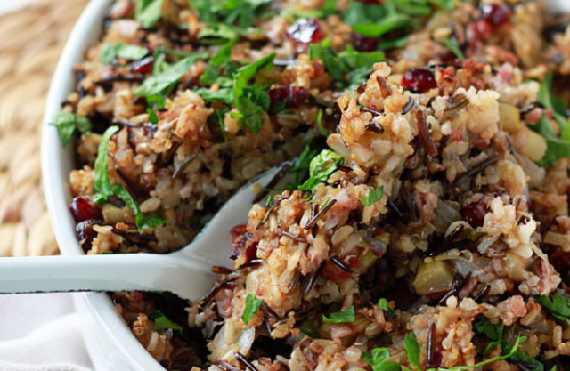 Herbed Wild Rice & Quinoa Stuffing - Kitchen Treaty - Recipe Vegetarian Quinoa Stuffing