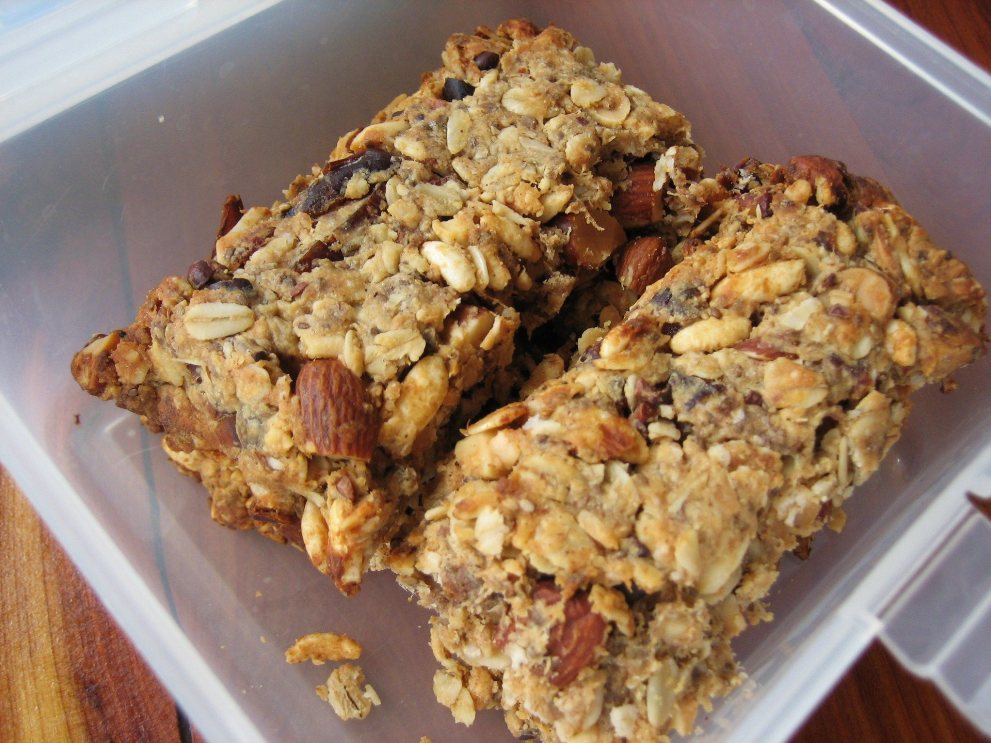 High Protein Granola Bars. Perfect Lunch Box treats... low ..