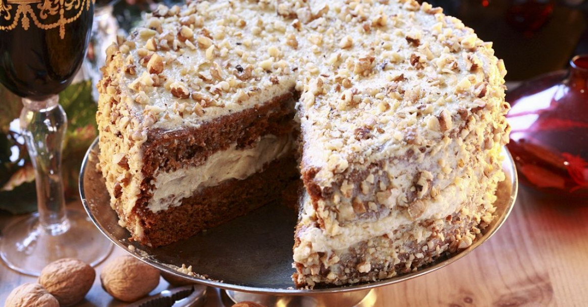Honey Nut Cake Recipe | EatSmarter - healthy recipes lose weight