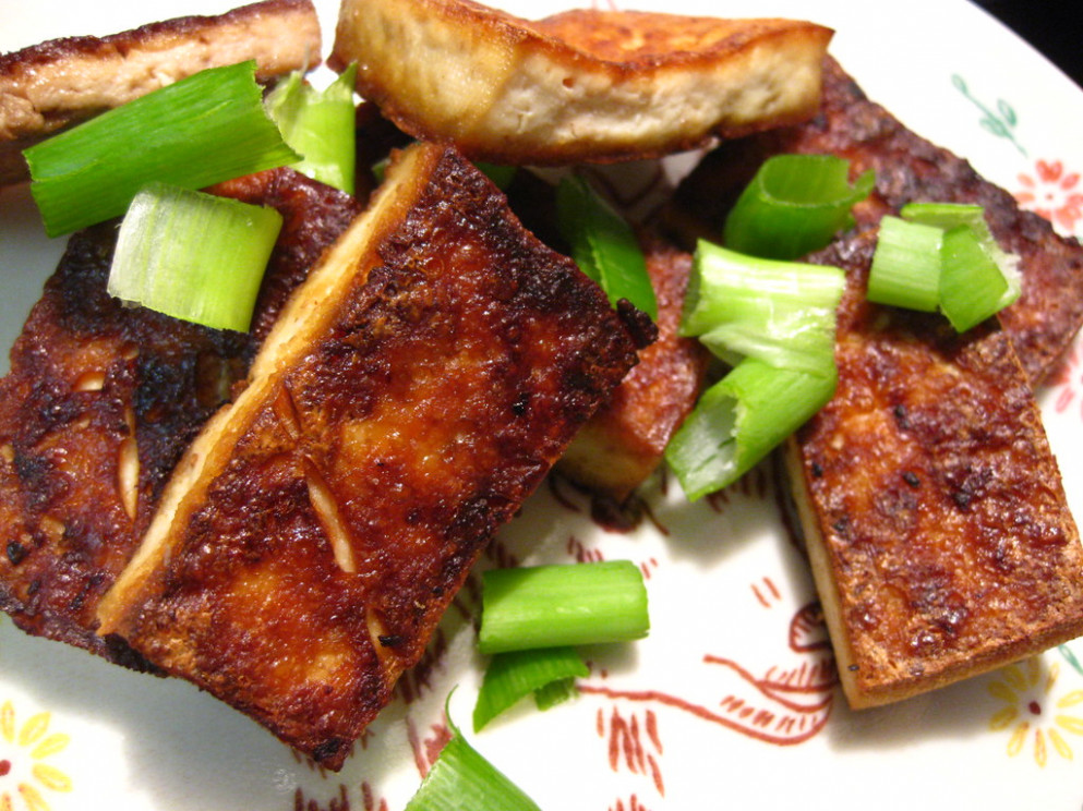 Hot Pan Crispy Tofu // My Ma Is So Good At This - The Best Vegetarian Recipes