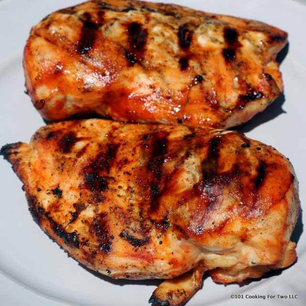 How to BBQ Skinless Boneless Chicken Breast on a Gas Grill ..