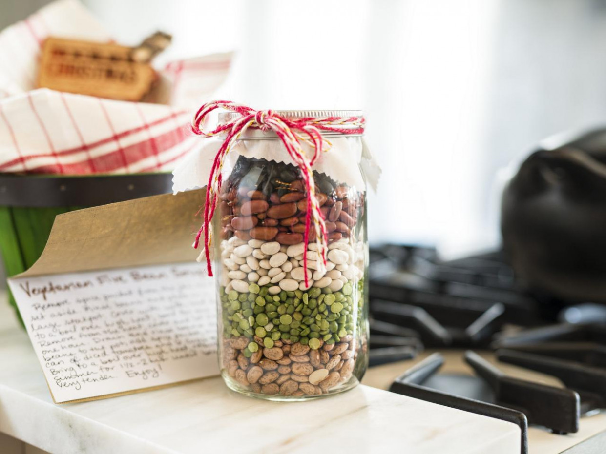 How to Make Dried Bean Soup in Mason Jars for Holiday Gift ..