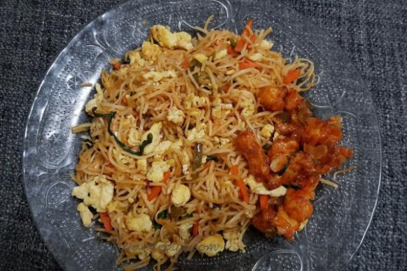How to make Egg Hakka Noodles Recipe - Indian Recipes ..