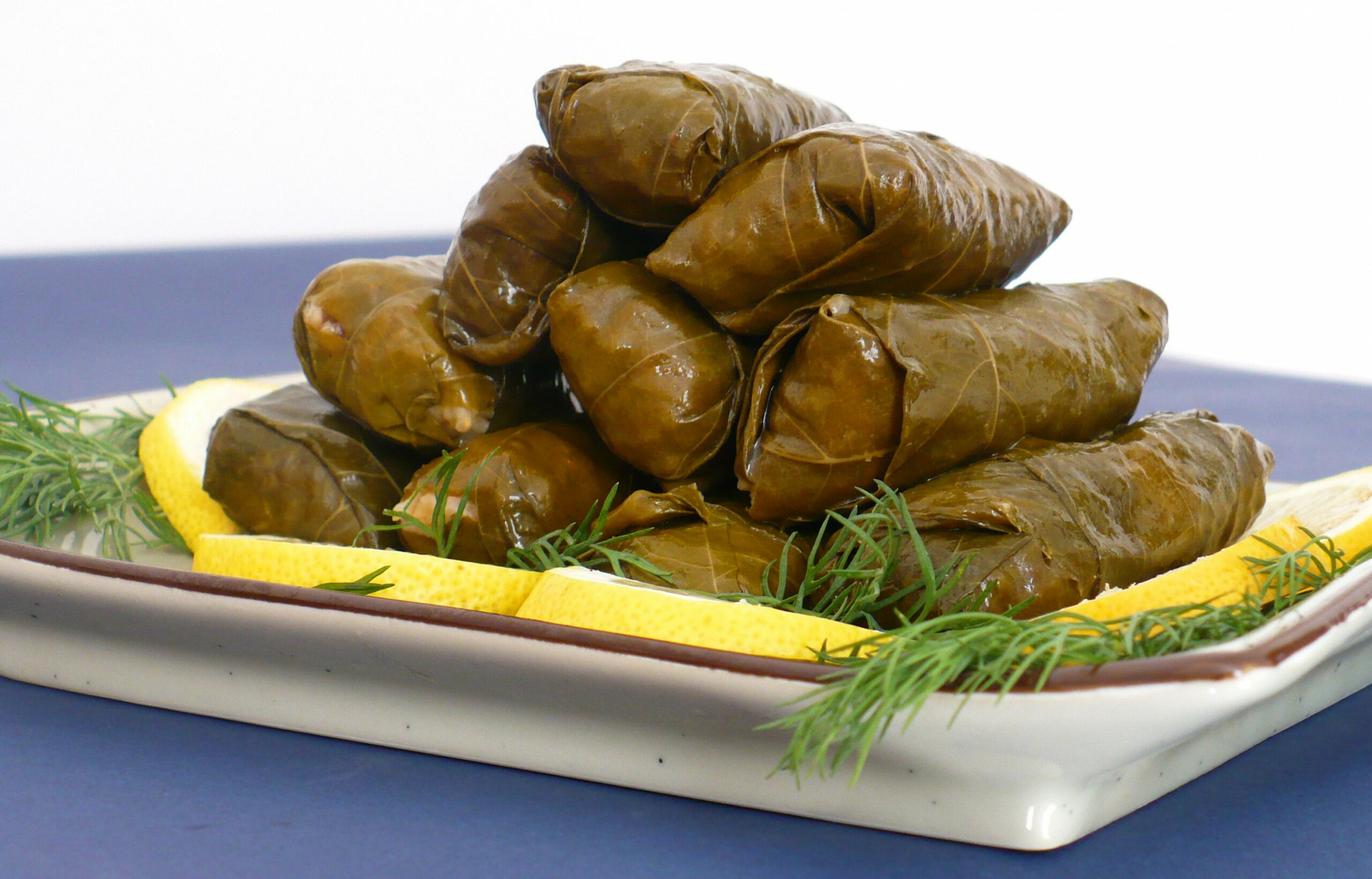 I am HOOKED on Stuffed grape leaves! Yummmmm | Stuffed grape ..