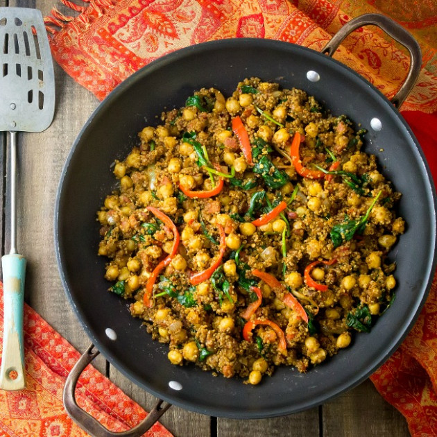 Indian Quinoa and Chickpea Stir Fry | eat healthy, eat happy - healthy recipes vegetarian dinner