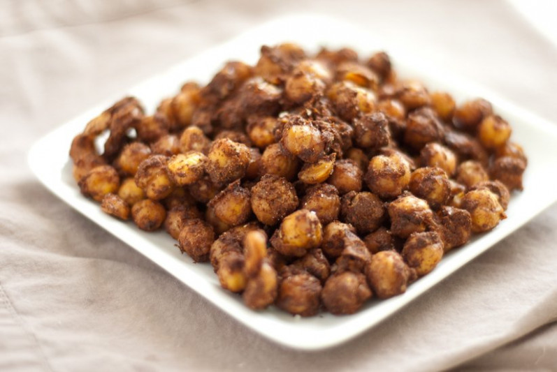 Indian Spiced Baked Chickpeas - Cookie and Kate - quinoa recipes vegetarian indian
