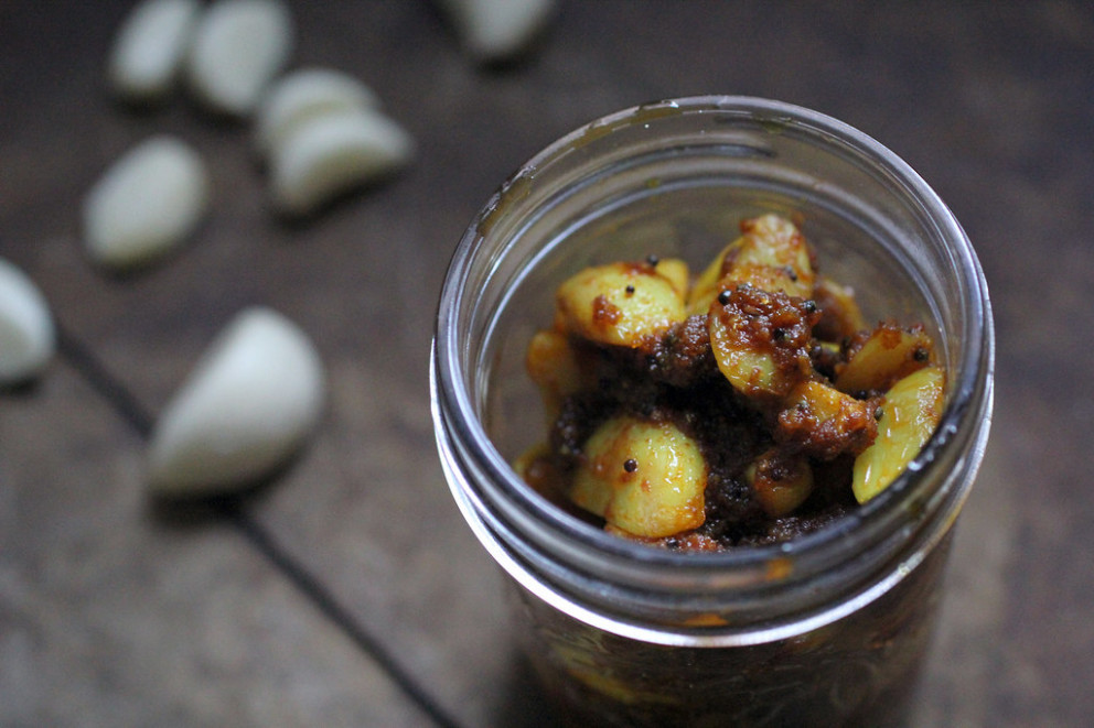 Instant Garlic Pickle - healthy indian recipes vegetarian