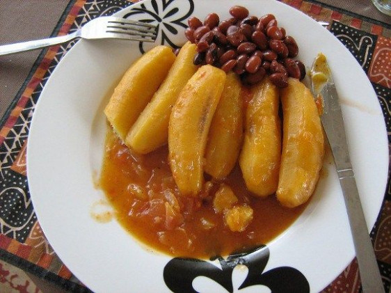 Kenyan matoke recipe served with beans | World Food ..